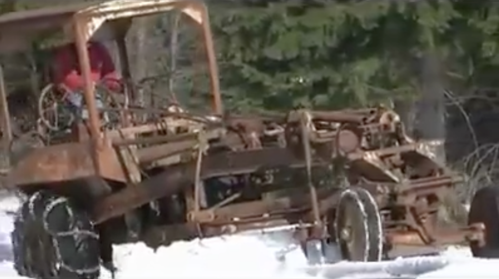 VIDEO: Operating an 87-year-old grader is a full-body workout