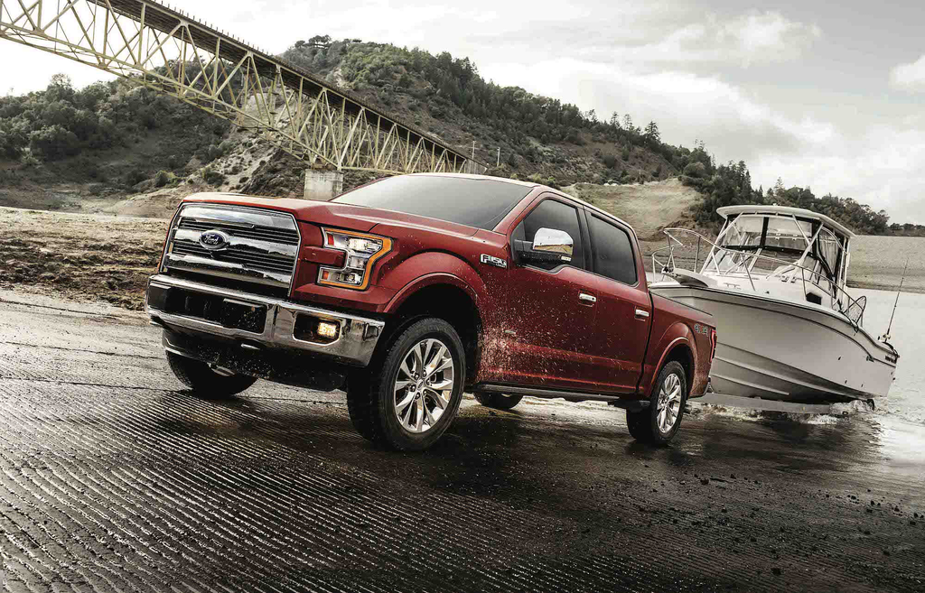Ford to build a hybrid F-150 with integrated generator for jobsites
