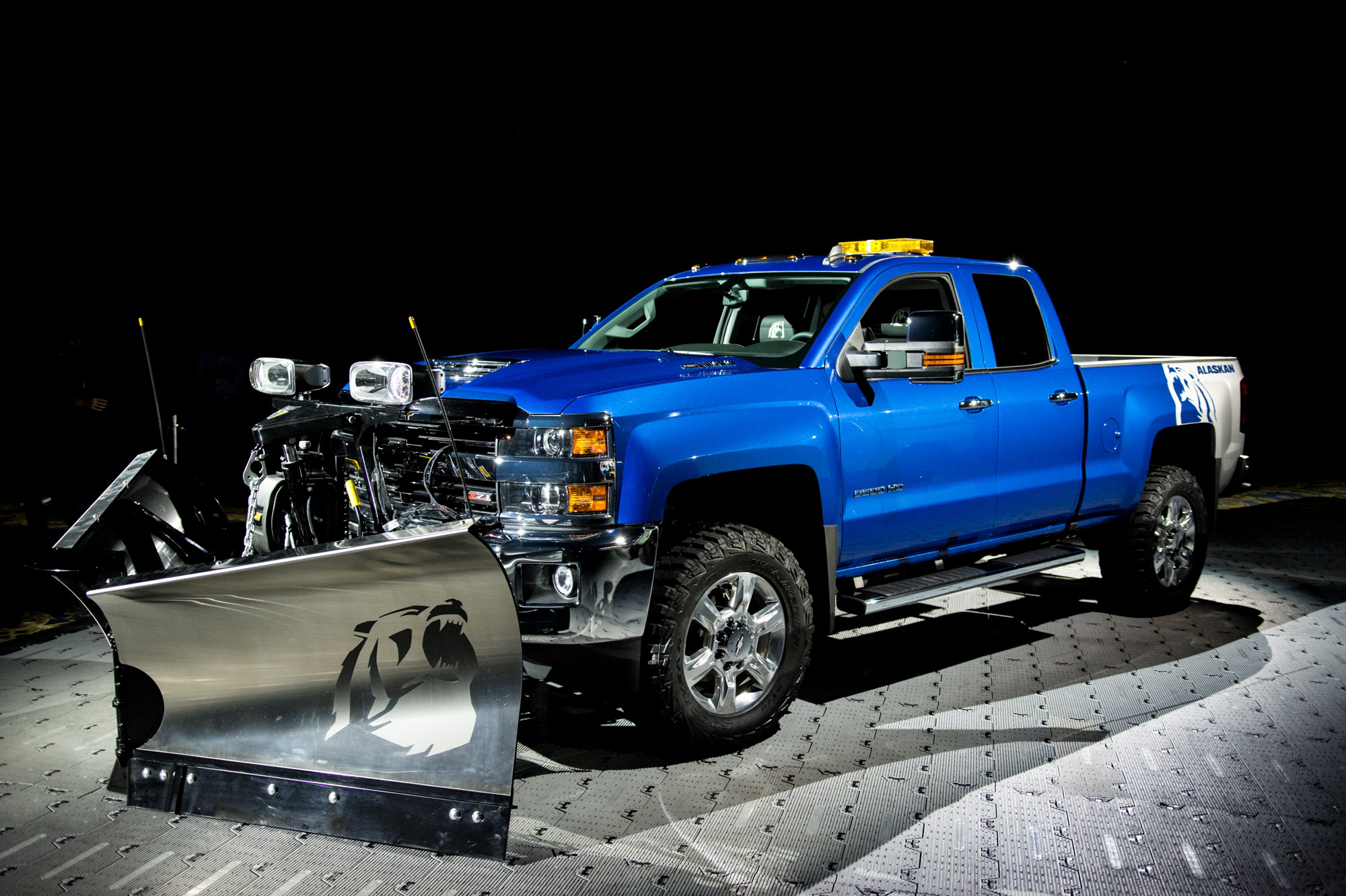 Chevy Unveils Silverado 2500hd Alaskan Edition A Grizzly Of A Truck