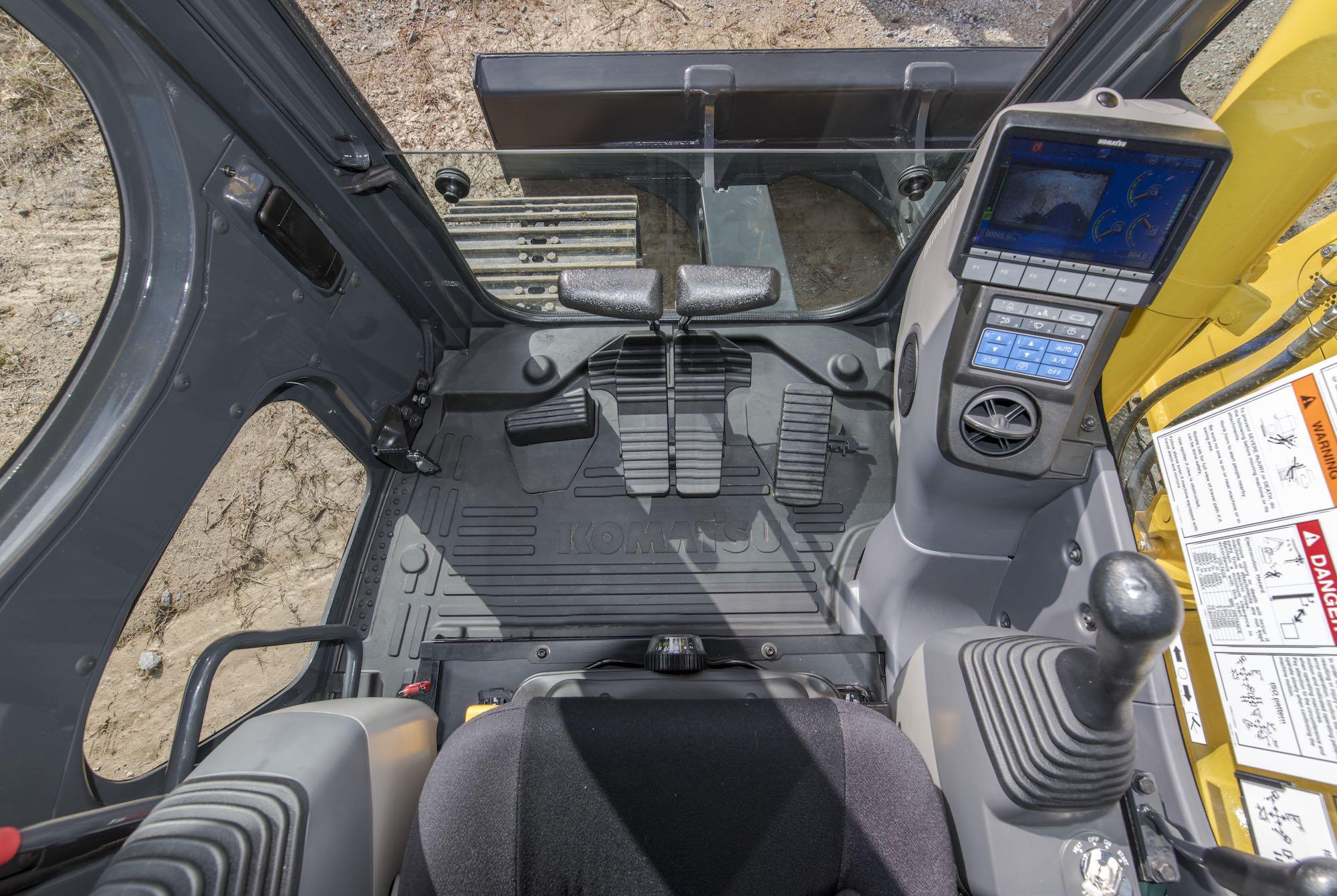 Komatsu Intros Pc138uslc 11 Excavator With Performance