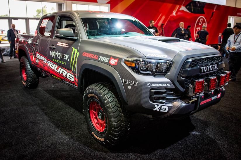 Toyota Unveils 2017 Tacoma Trd Pro Race Truck