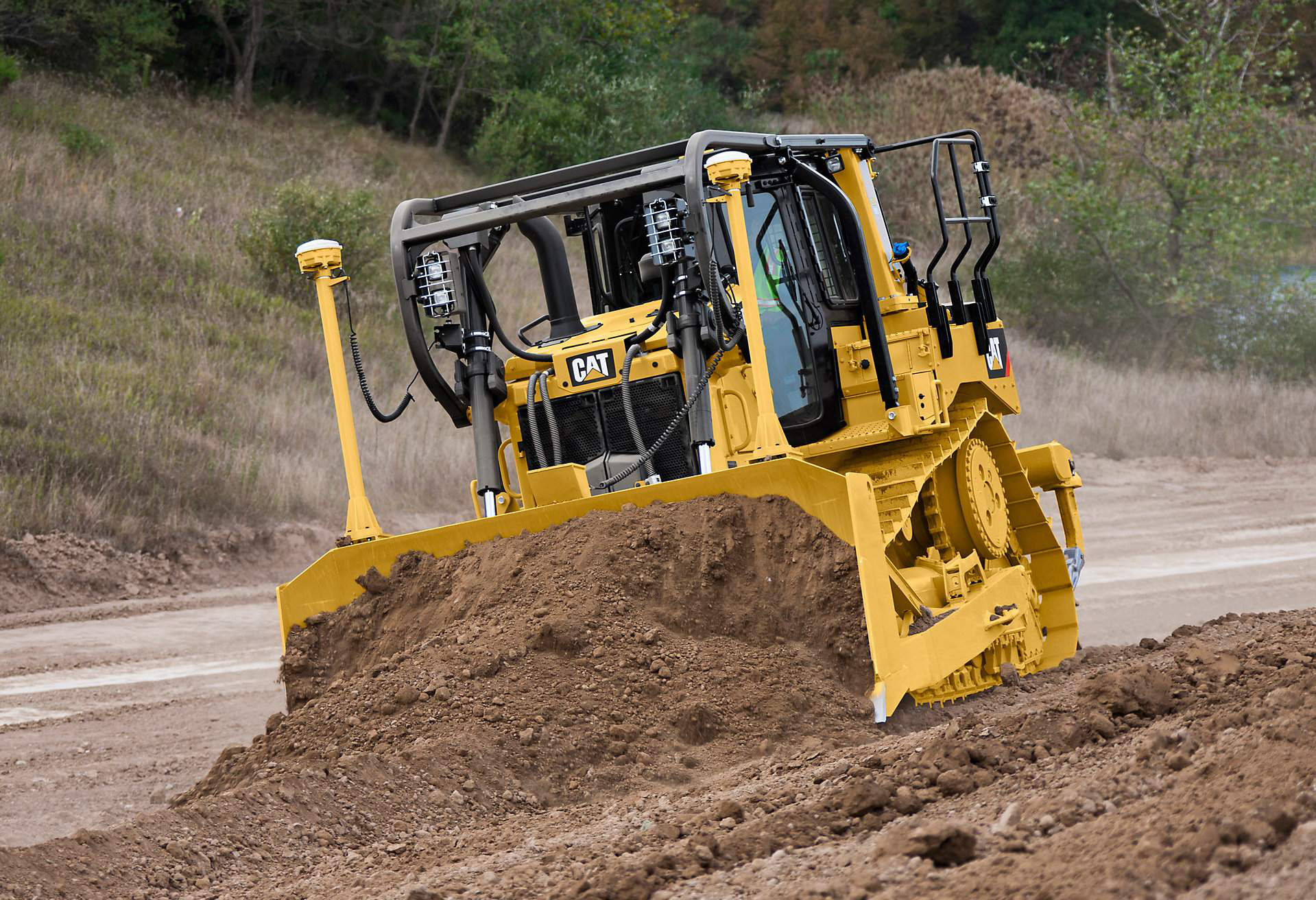 Cat Unveils D6t Dozer With Fully Auto Transmission Big Fuel Savings