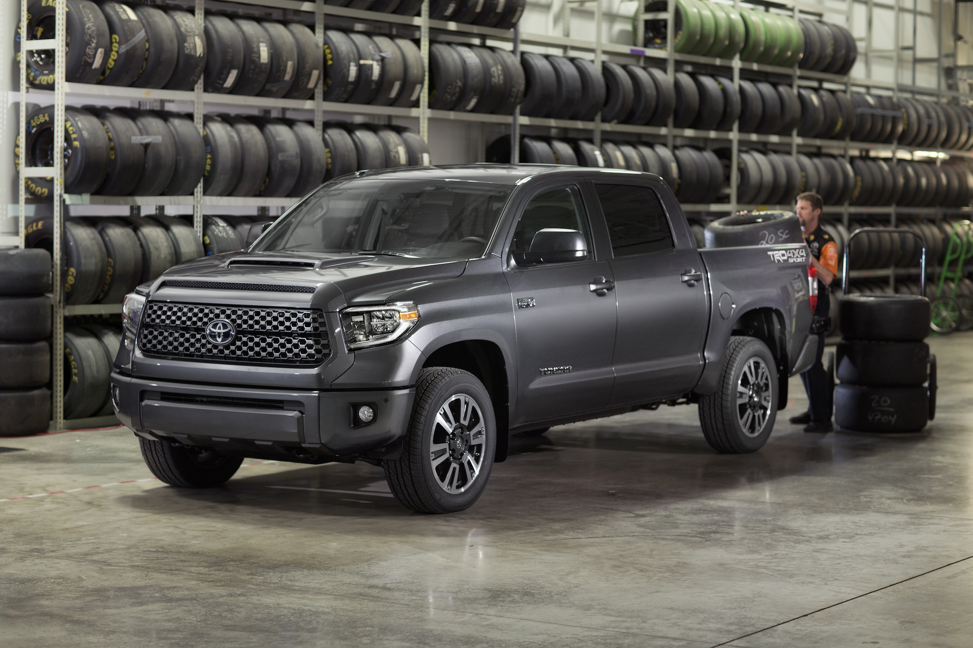 ... Are Also Available When The TRD Off Road Package Is Selected On SR5  Models. The SR And SR5 Grades Will Receive Halogen Headlights With A Black  Bezel And ...