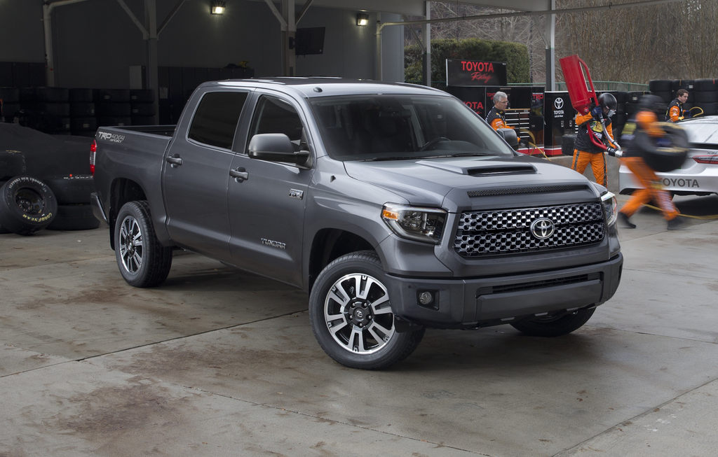 toyota unveils 2018 tundra trd pro sport signaling refresh for entire lineup equipment world. Black Bedroom Furniture Sets. Home Design Ideas
