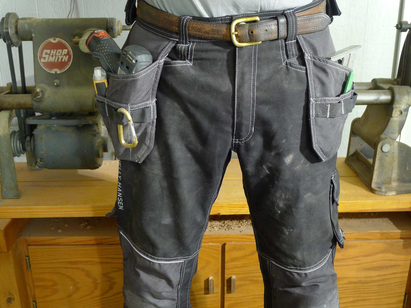 With Loose Fit Built In Kneepads Hh Workwear S Chelsea