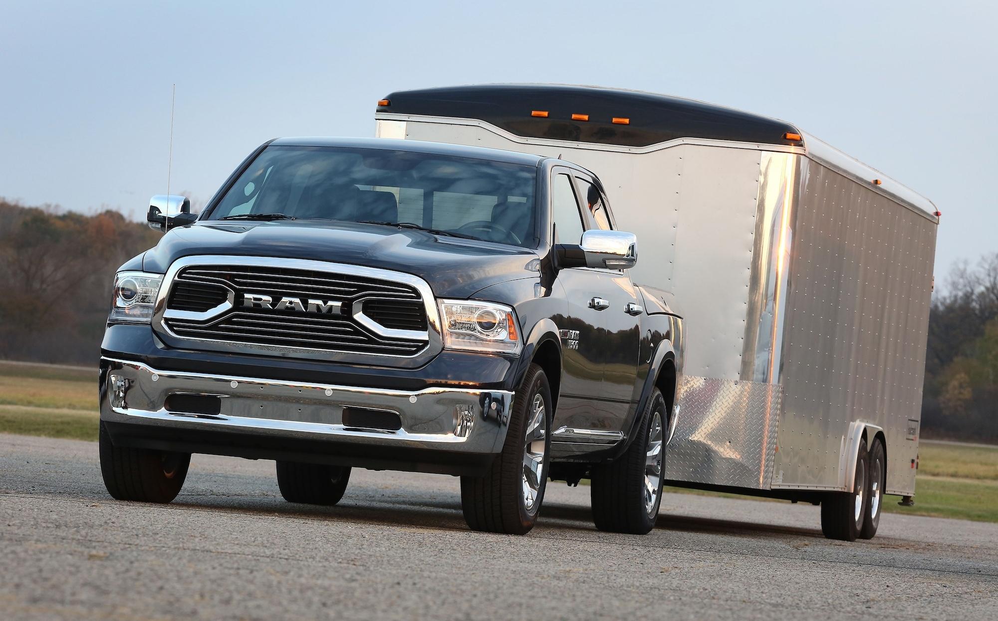 ram 1500 ecodiesel returns to top of half ton fuel economy rankings. Black Bedroom Furniture Sets. Home Design Ideas