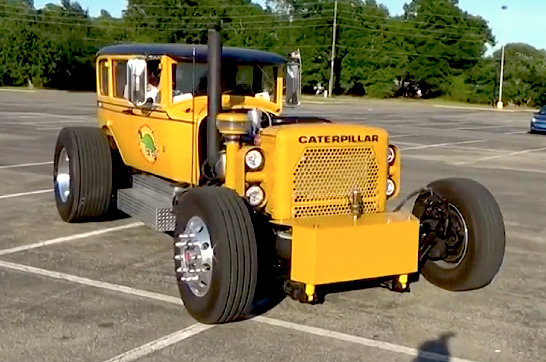 VIDEO: Caterpillar Buggy is a C12-powered hot rod with Studebaker ...