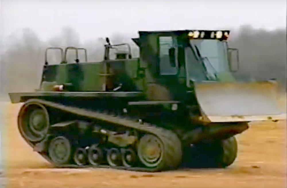 VIDEO: Cat M105 DEUCE a combat dozer that moves 6x as fast