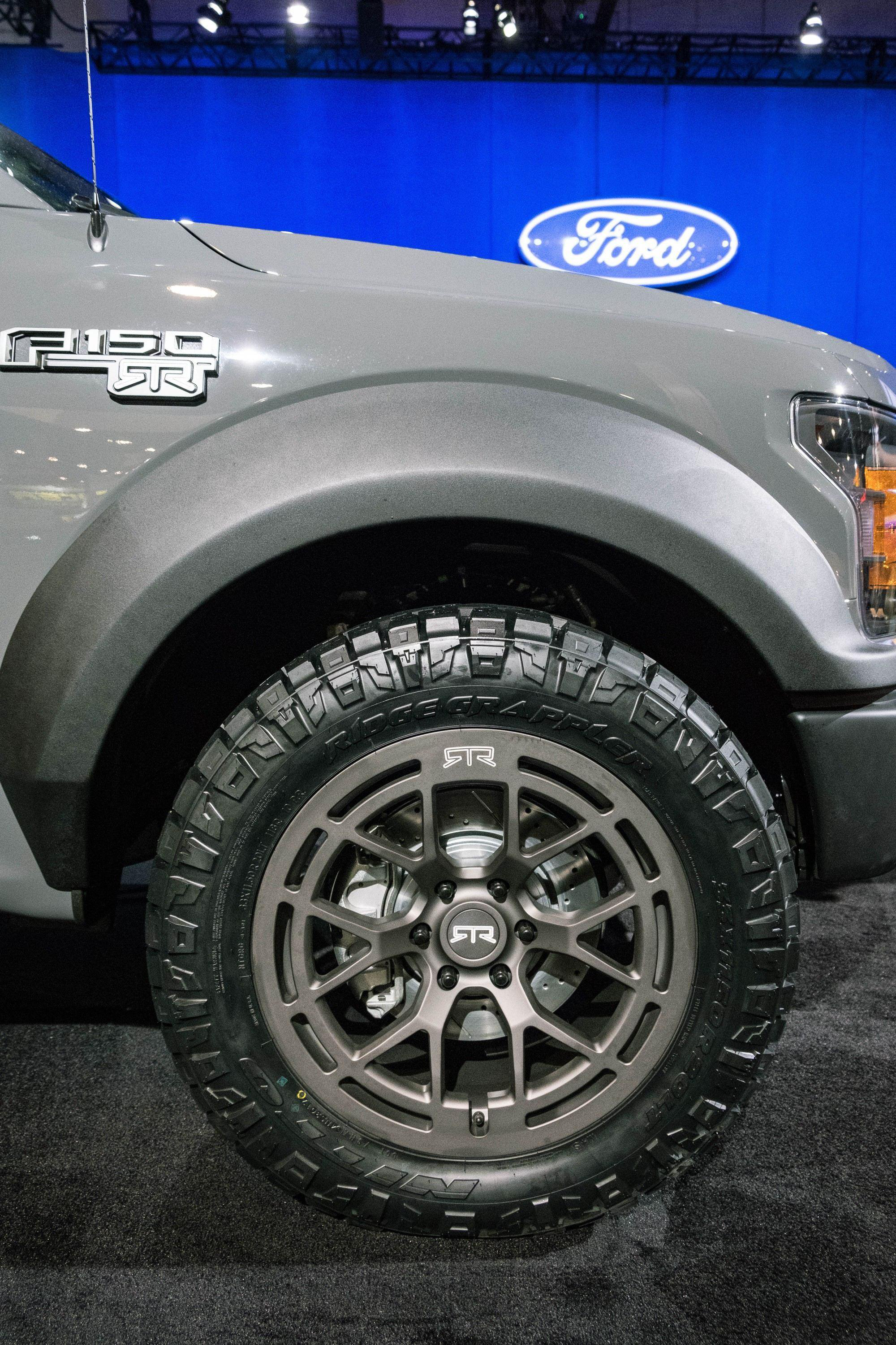 Full Floating Axle >> Ford unveils 600-hp F-150 RTR Muscle Truck