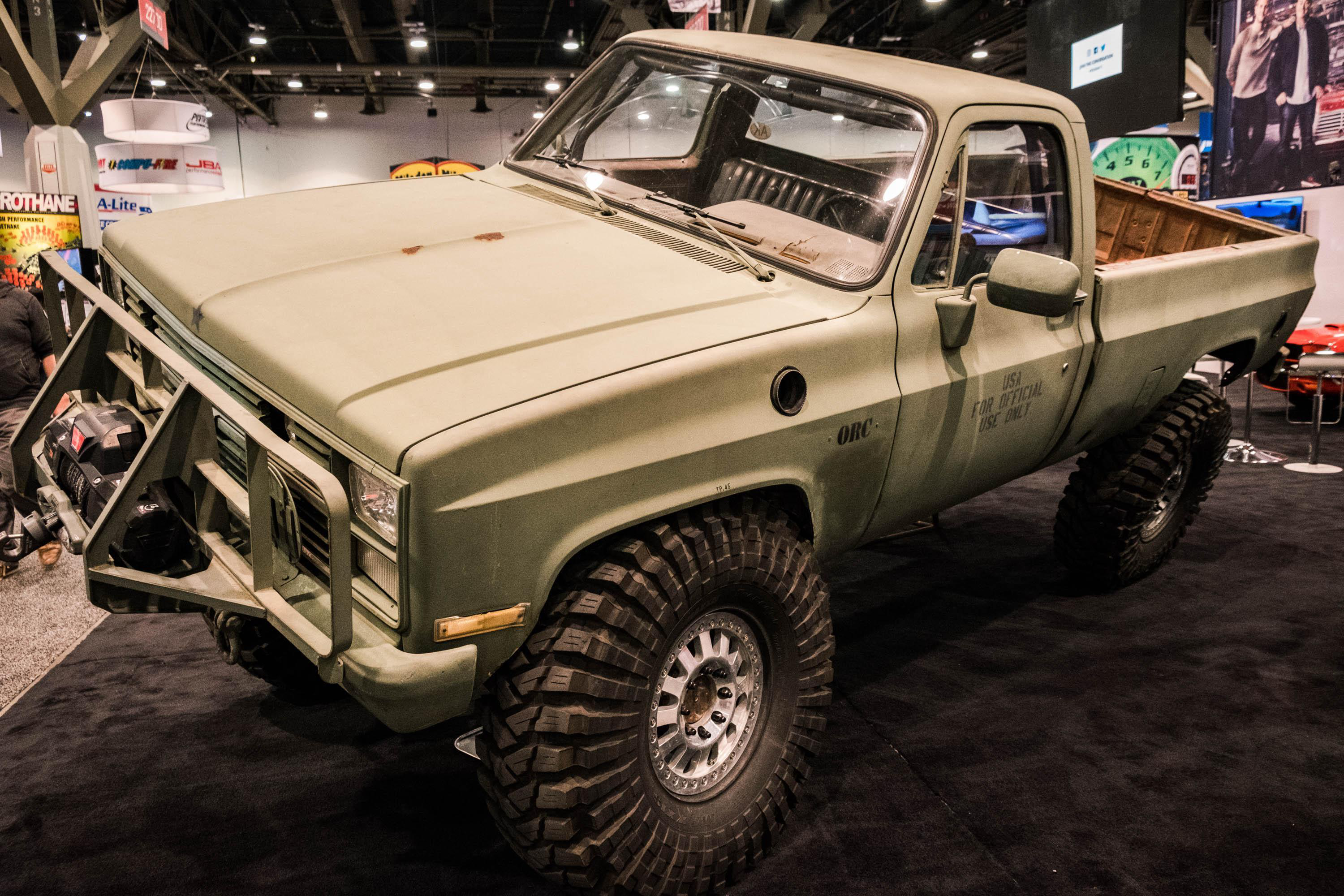 PHOTOS: The showstopping custom vintage trucks of SEMA 2017 ...