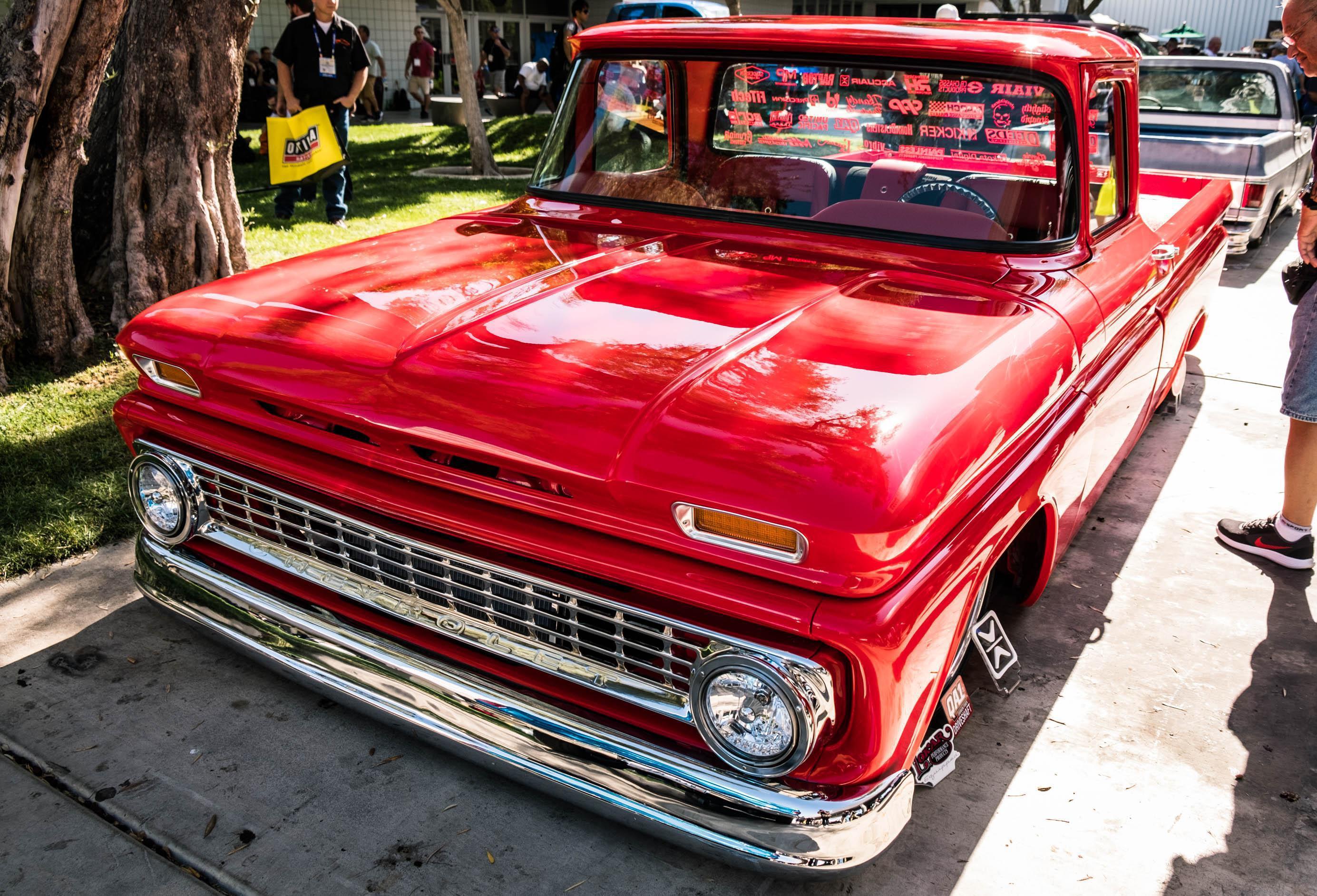 PHOTOS: The showstopping custom vintage trucks of SEMA 2017