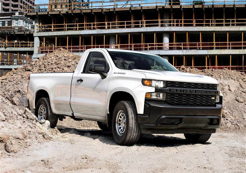 Chevy's 2019 Silverado gets new 3L Duramax diesel, larger wheelbase, more cargo volume