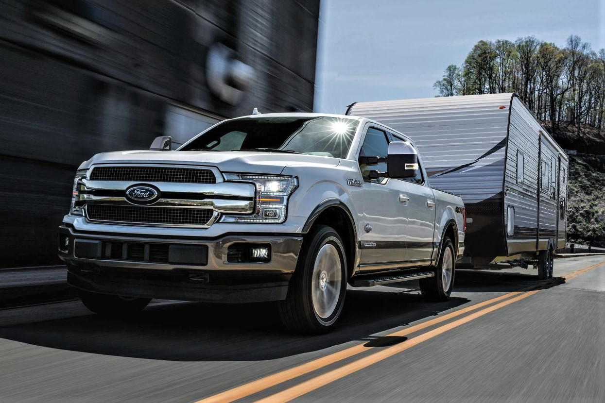 ford unveils 3l power stroke diesel giving 2018 f 150 segment best towing torque fuel economy. Black Bedroom Furniture Sets. Home Design Ideas