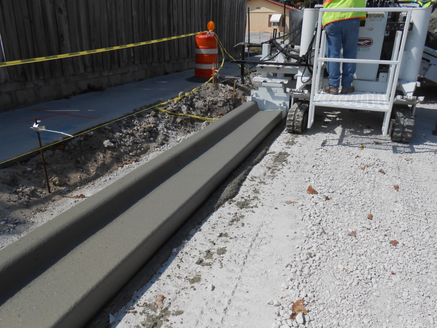 Integral Curb And Gutter Spin Screed Integral Curb And