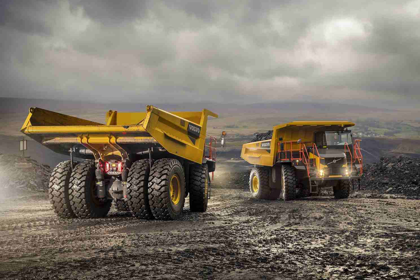 Volvo's new rigid-frame haulers may come to U.S.; electric excavator wins innovation award at Intermat | Dump Truck Company