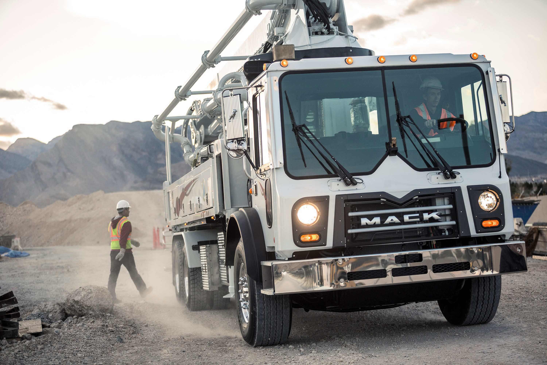 Mack intros mDrive split-shaft PTOs that pump concrete high