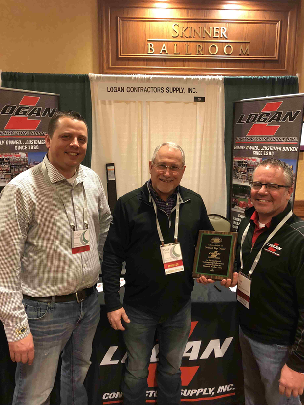 Minnich Manufacturing Honors Top Dealers Of 2017