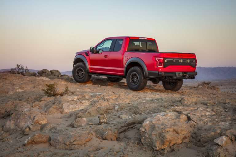 2019 ford f 150 raptor debuted with all new features. Black Bedroom Furniture Sets. Home Design Ideas