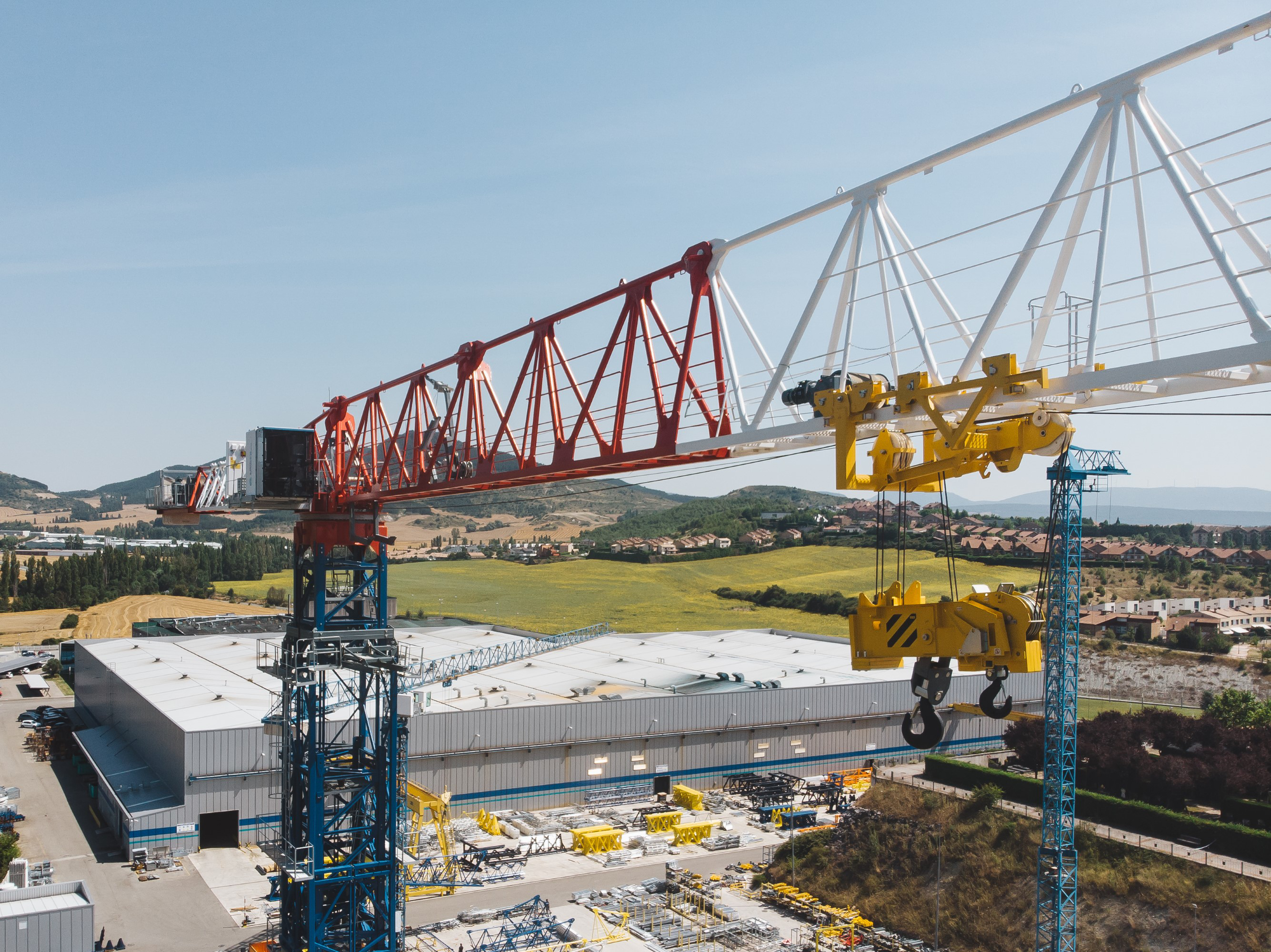 Comansa introduces tower crane in three different versions
