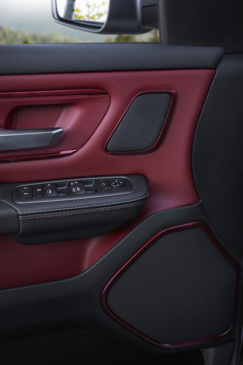 20109 Ram 1500 Rebel 12 interior door panel