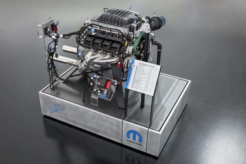 mopar hellephant 426-HEMI crate engine