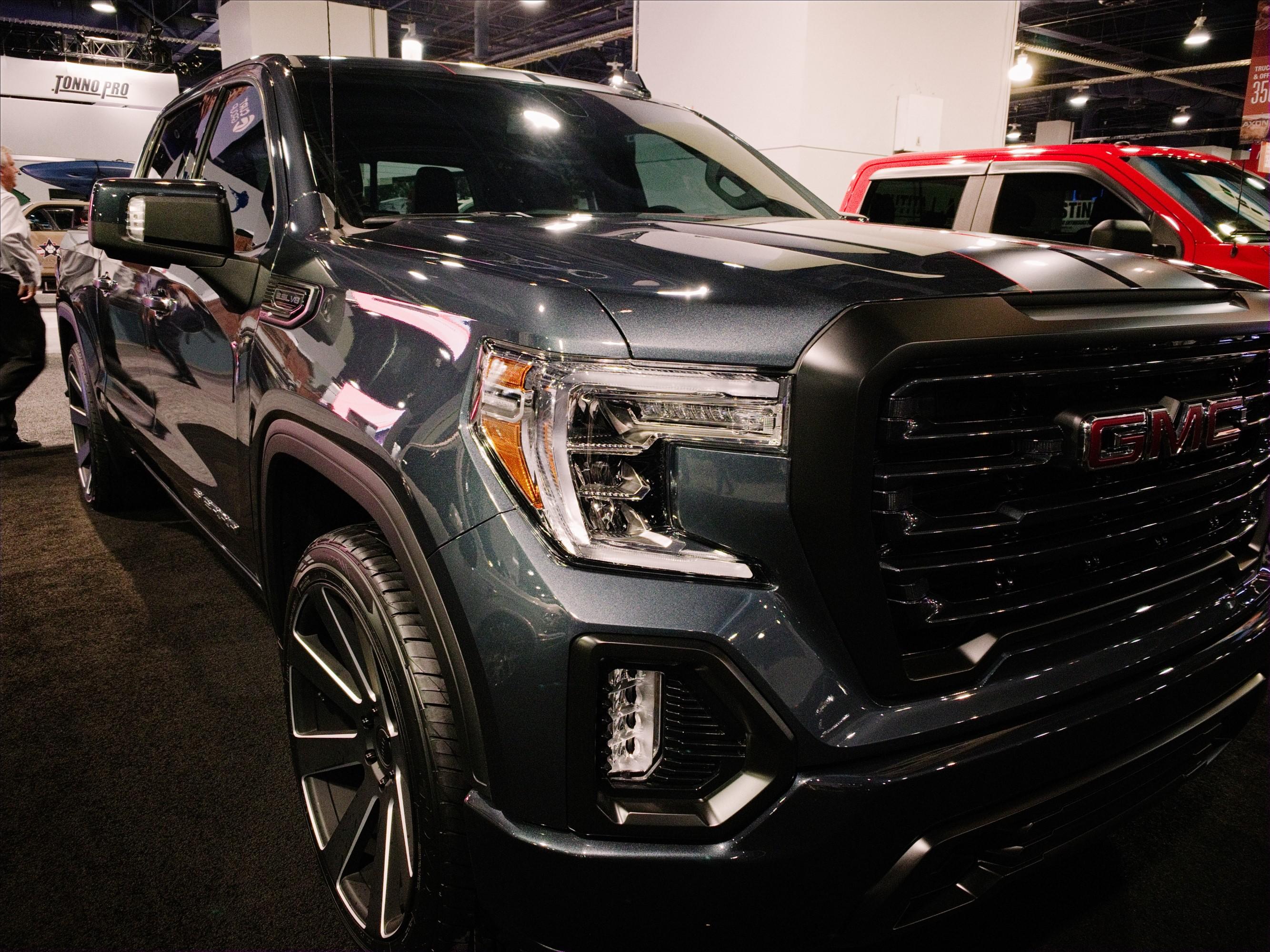 Sema 2018 Highlighting The Best Chevrolet And Gmc Trucks
