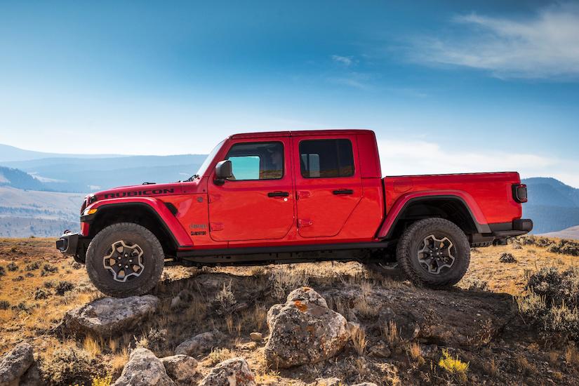 Profile of the 2020 Jeep Gladiator Rubicon