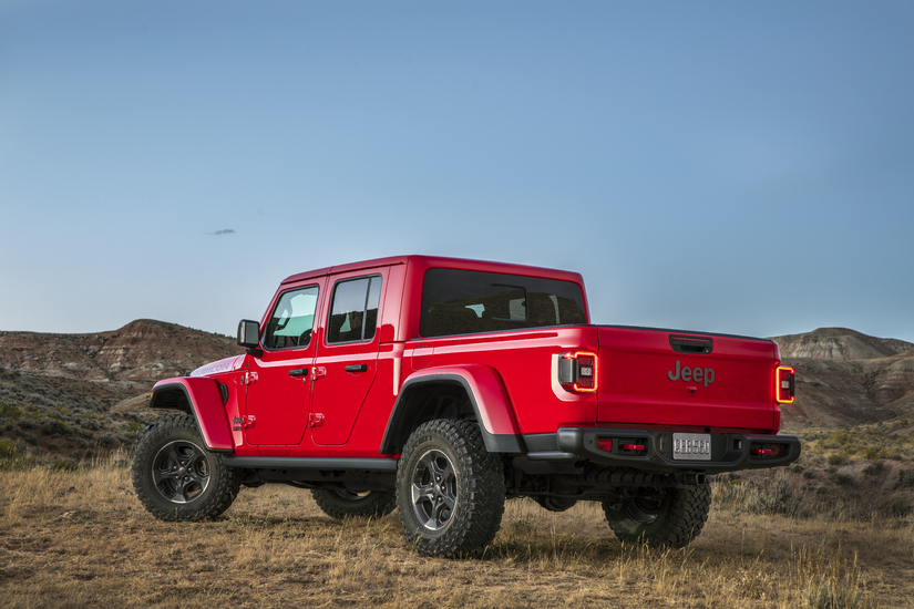 2020 Jeep Gladiator Rubicon's driver side