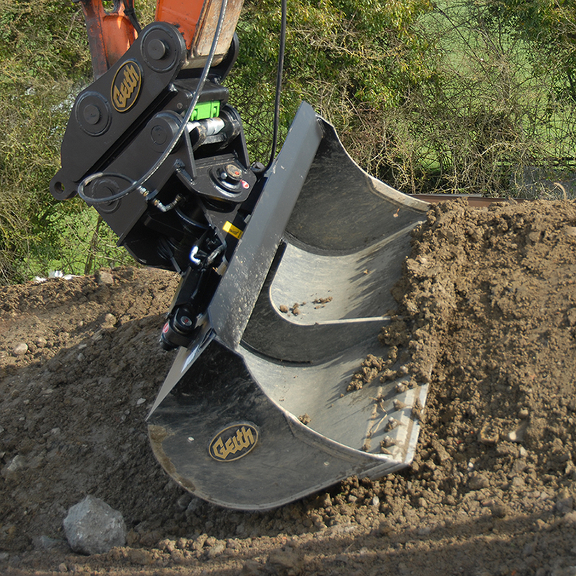 Earthmoving attachments from John Deere, Bobcat and more