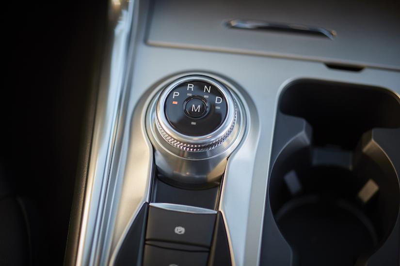 Ford Explorer Platinum gear control