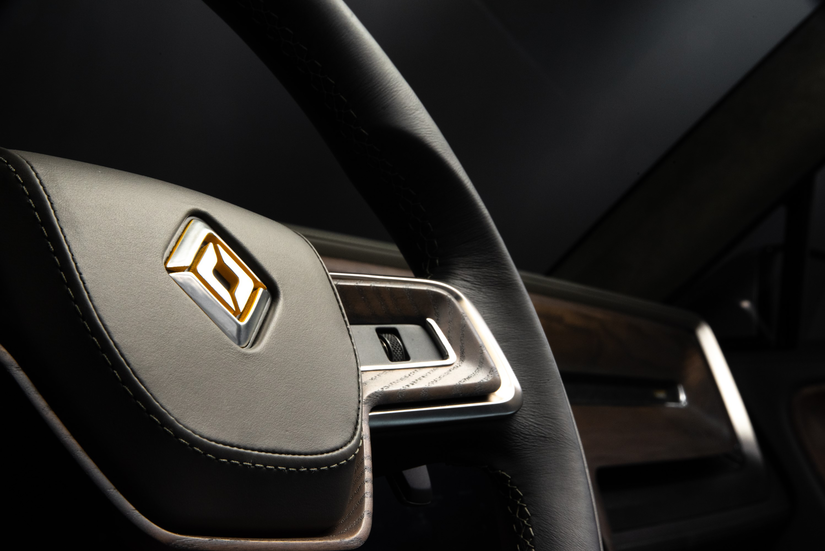 Rivian R1T™ All-Electric Truck steering wheel