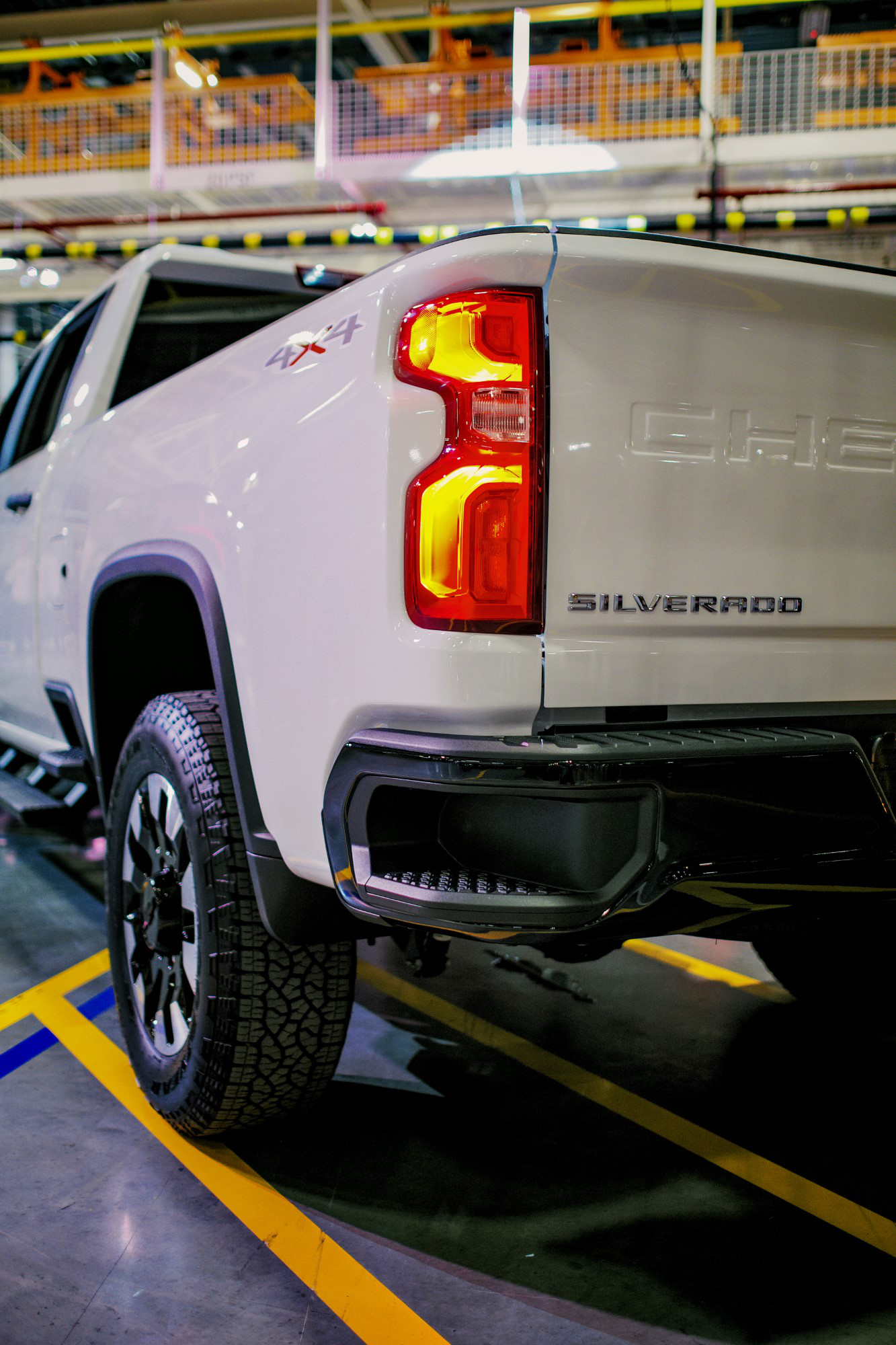 Chevrolet Silverado Heavy Duty made for heavy equipment