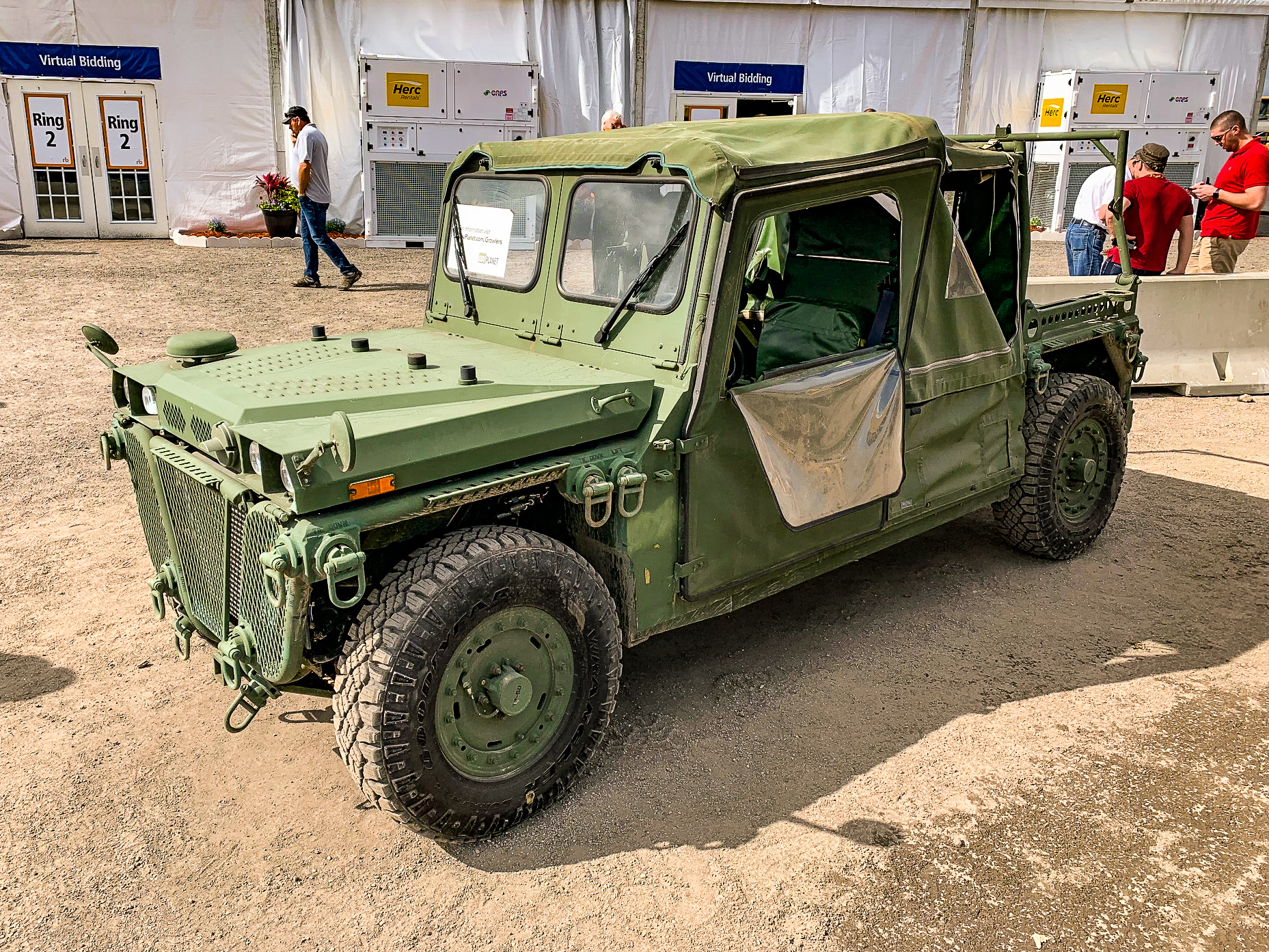 Military Surplus Auction >> Surplus Military Growlers Make Powerful Jobsite Vehicles