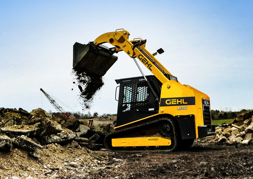 Gehl RT255, its largest radial-lift track loader