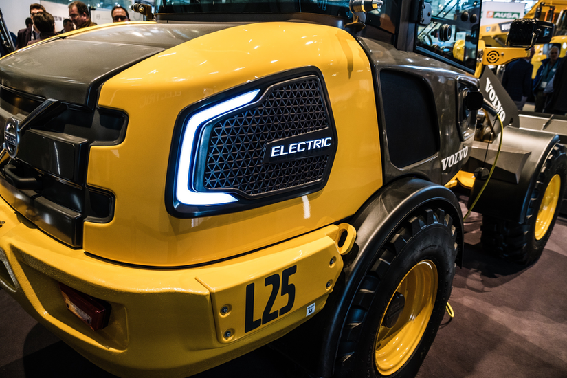 Volvo L25 electric wheel loader