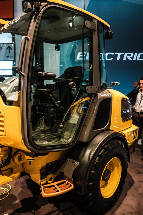 Volvo L25 electric wheel loader interior view
