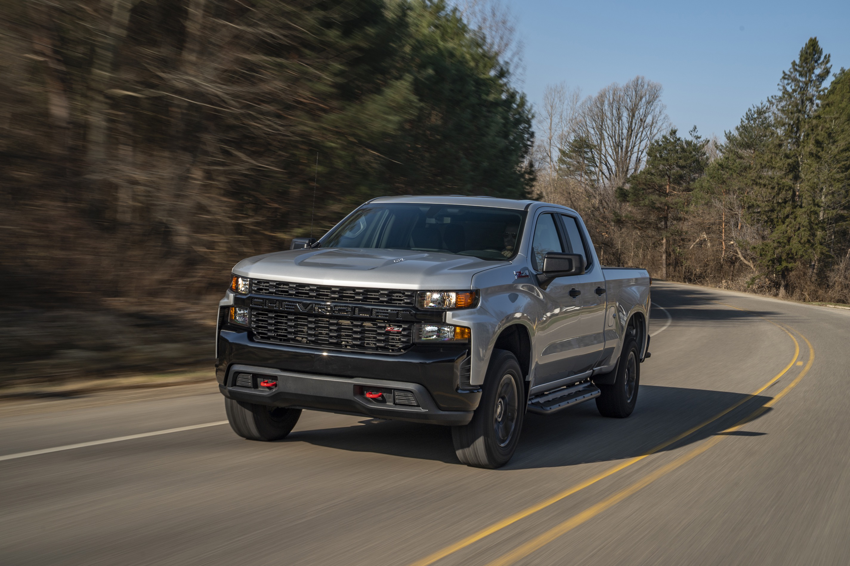 2020 Chevy Silverado 1500 cranks up the power & gets best ...