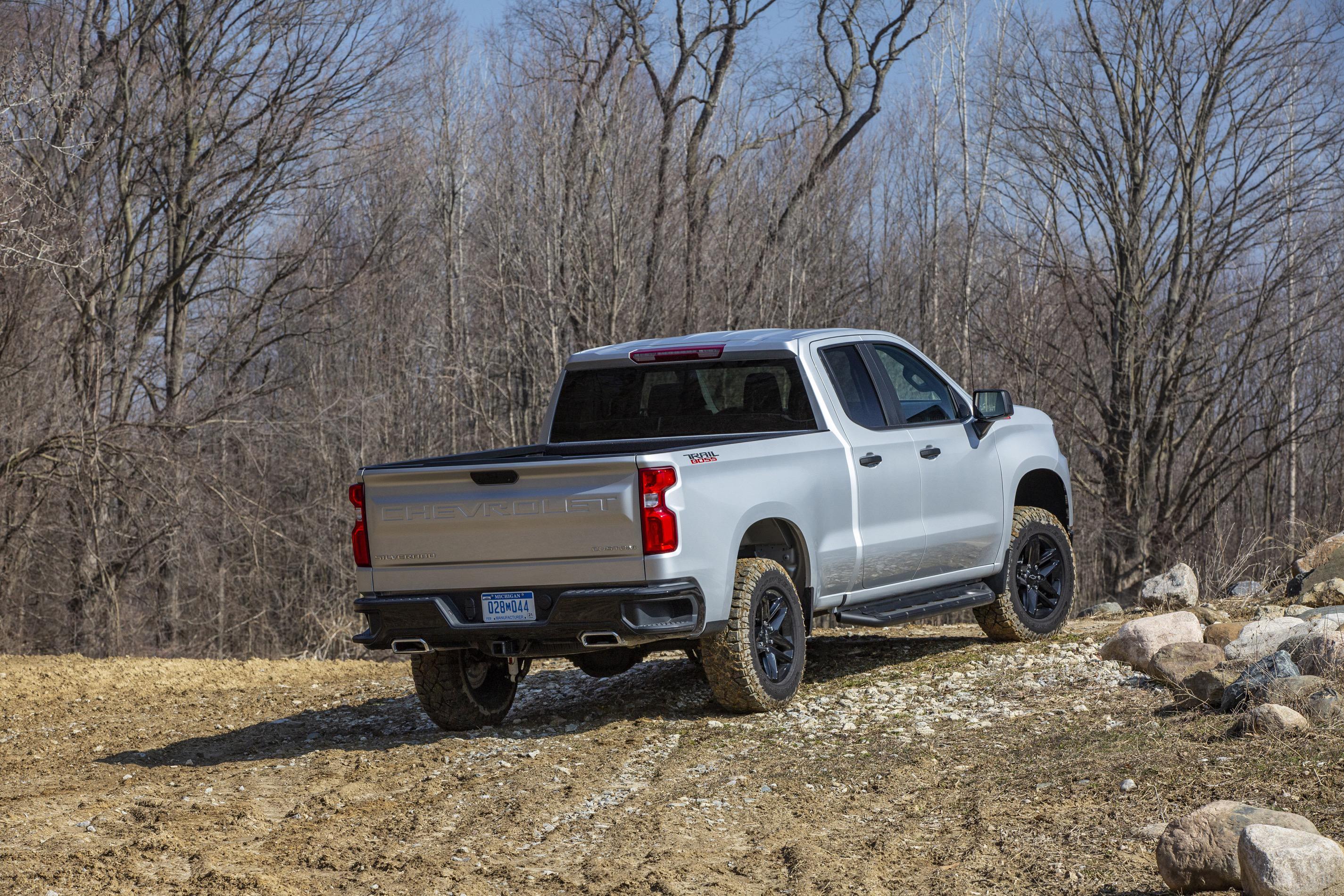 2020 Chevrolet Silverado Custom Trail Boss tailgate view