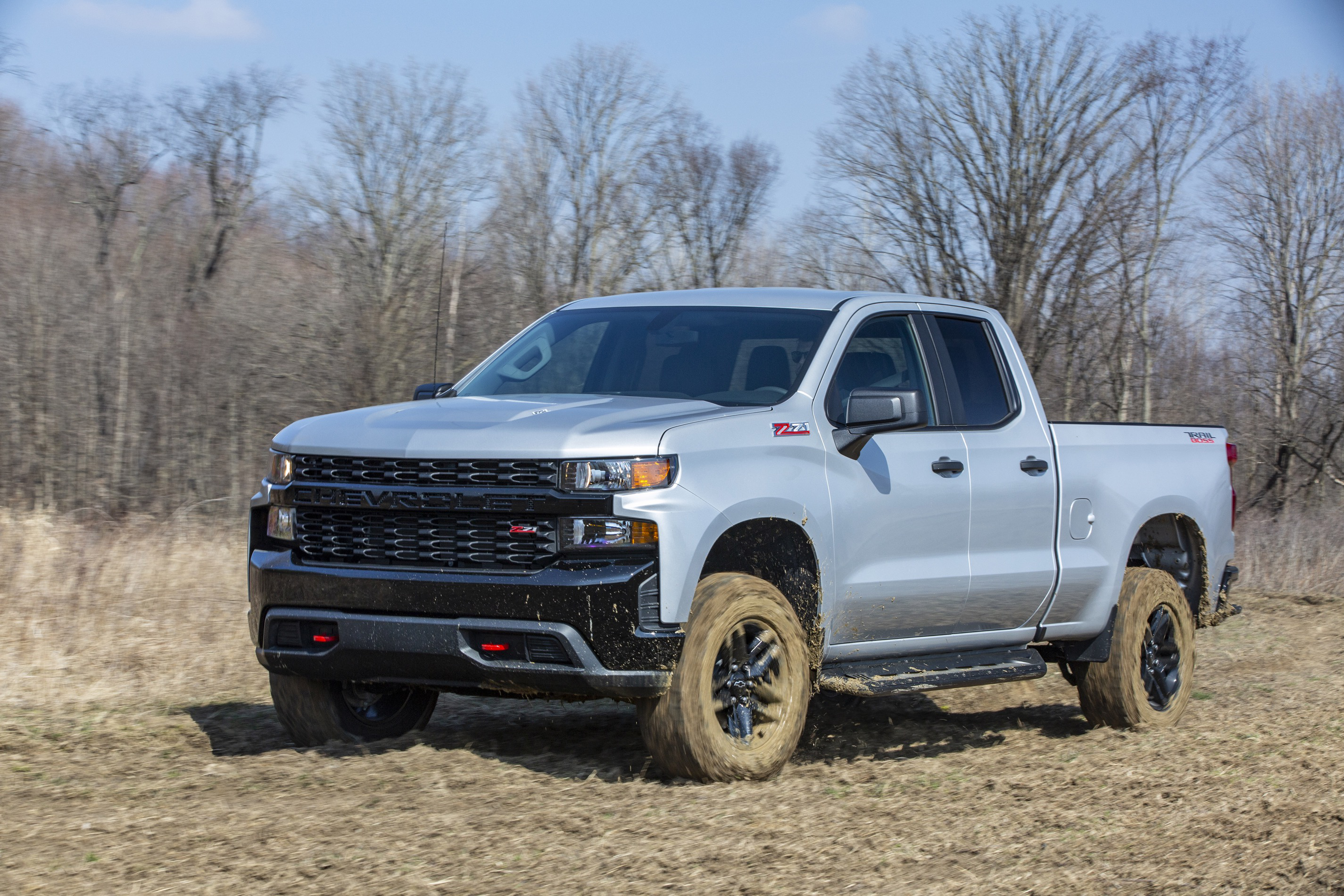 2020 Chevrolet Silverado Custom Trail Boss front and side view