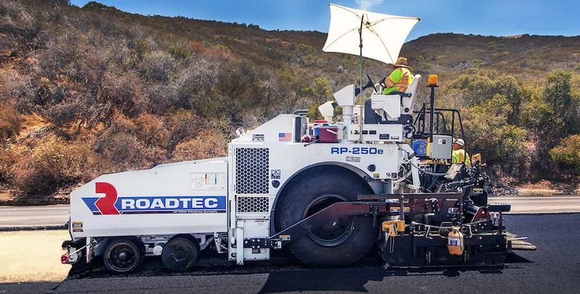 Roadtec RP-250e wheeled paver