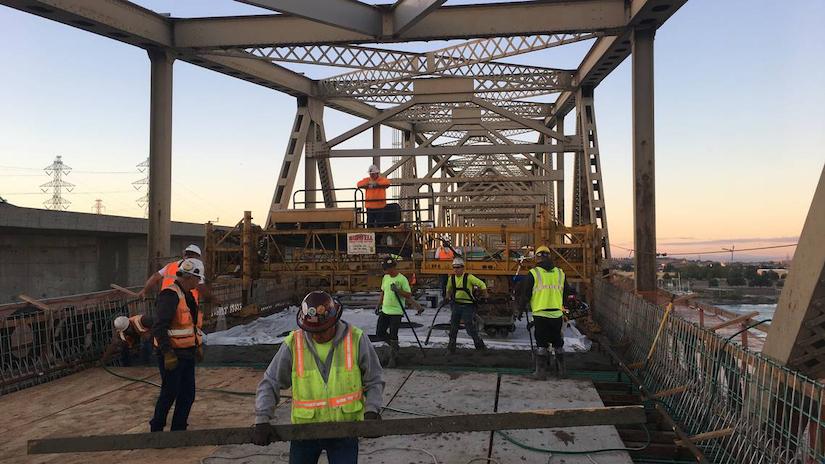 workers on Umatilla Bridge from WSDOT