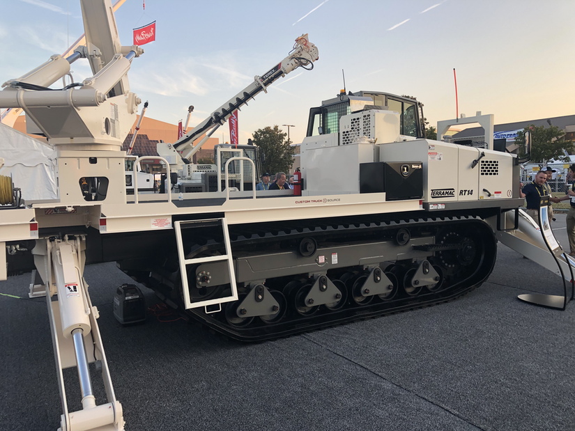Terramac RT14U with Terex Utilities RMX 75 boom