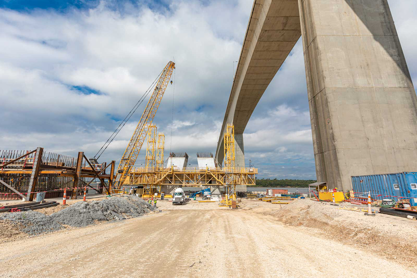 Sam Houston Tollway Ship Channel Bridge construction site