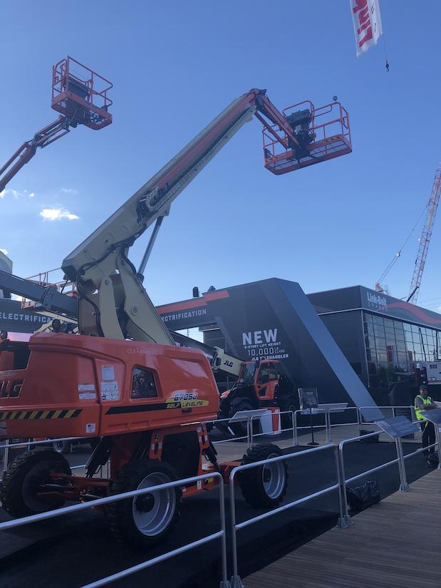 JLG aerial lift equipment