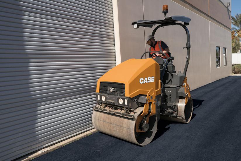 Case DV26E double drum roller