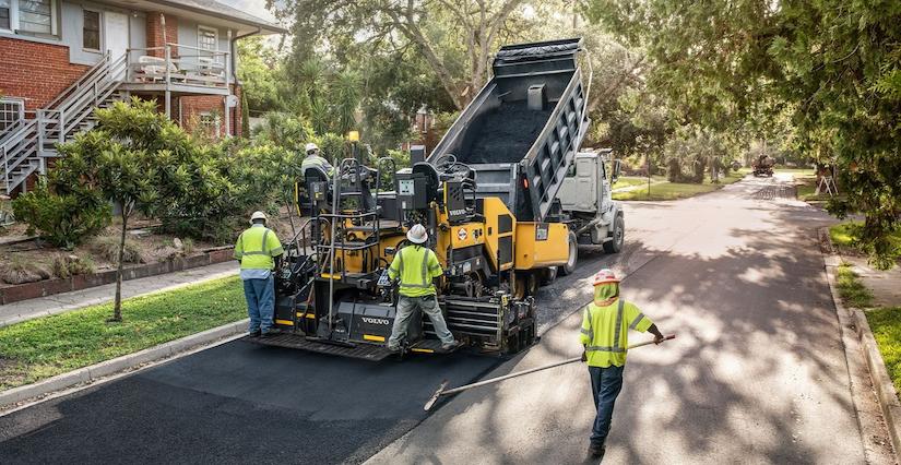 Volvo P5170B asphalt paver