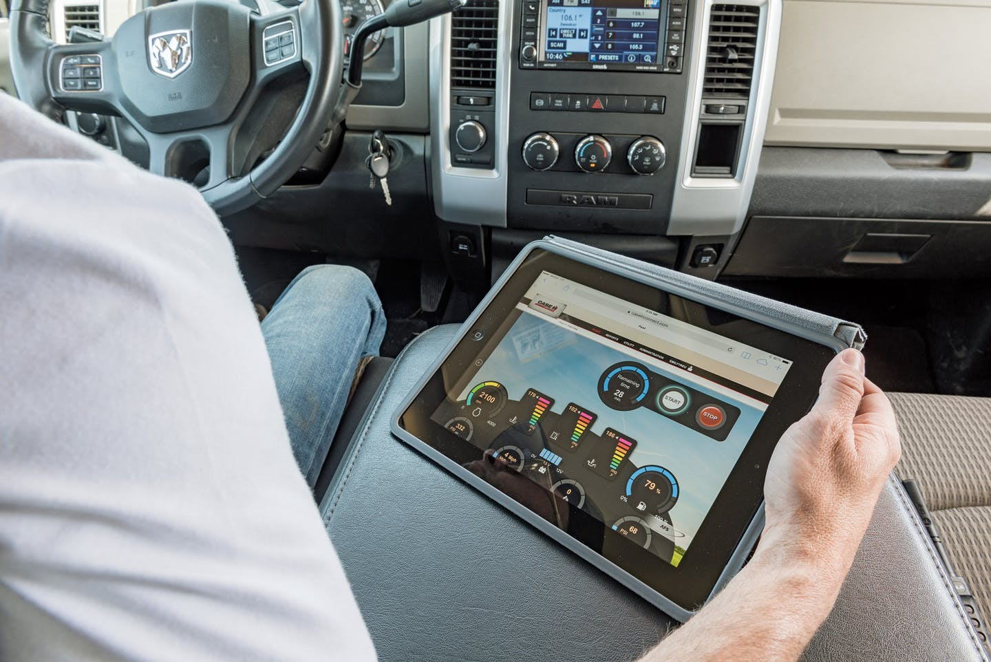 Improved AFS Connect technology for 2016 allows producers to manage their Case IH machines from anywhere.