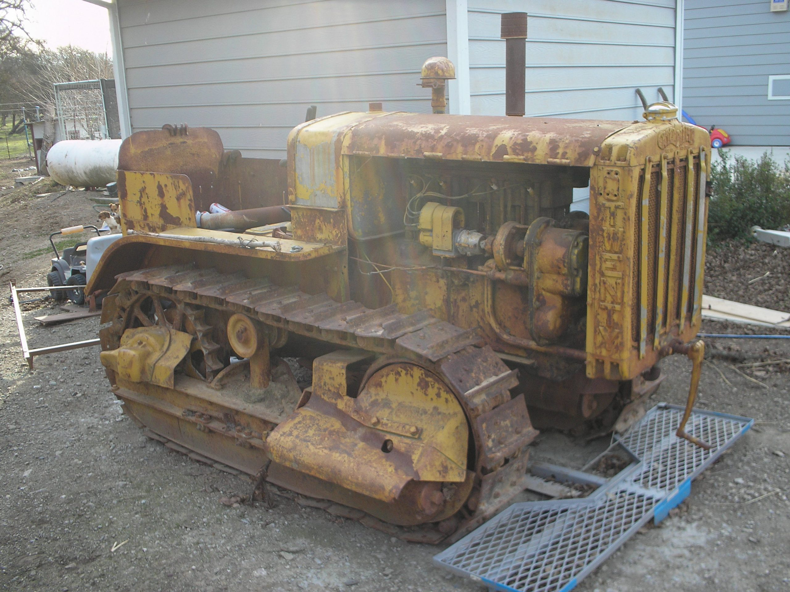 Caterpillar Twenty tractor before restoration