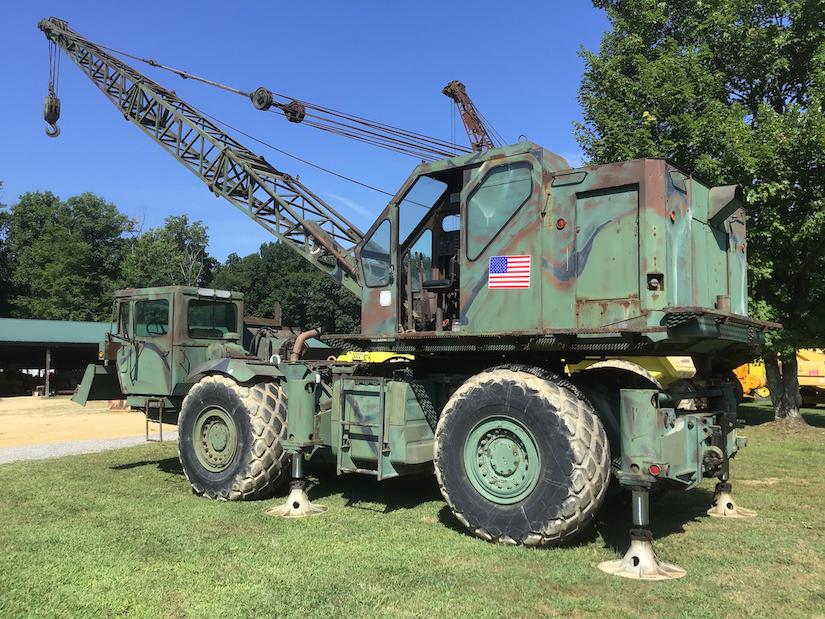 1969 Army M2385 RT crane