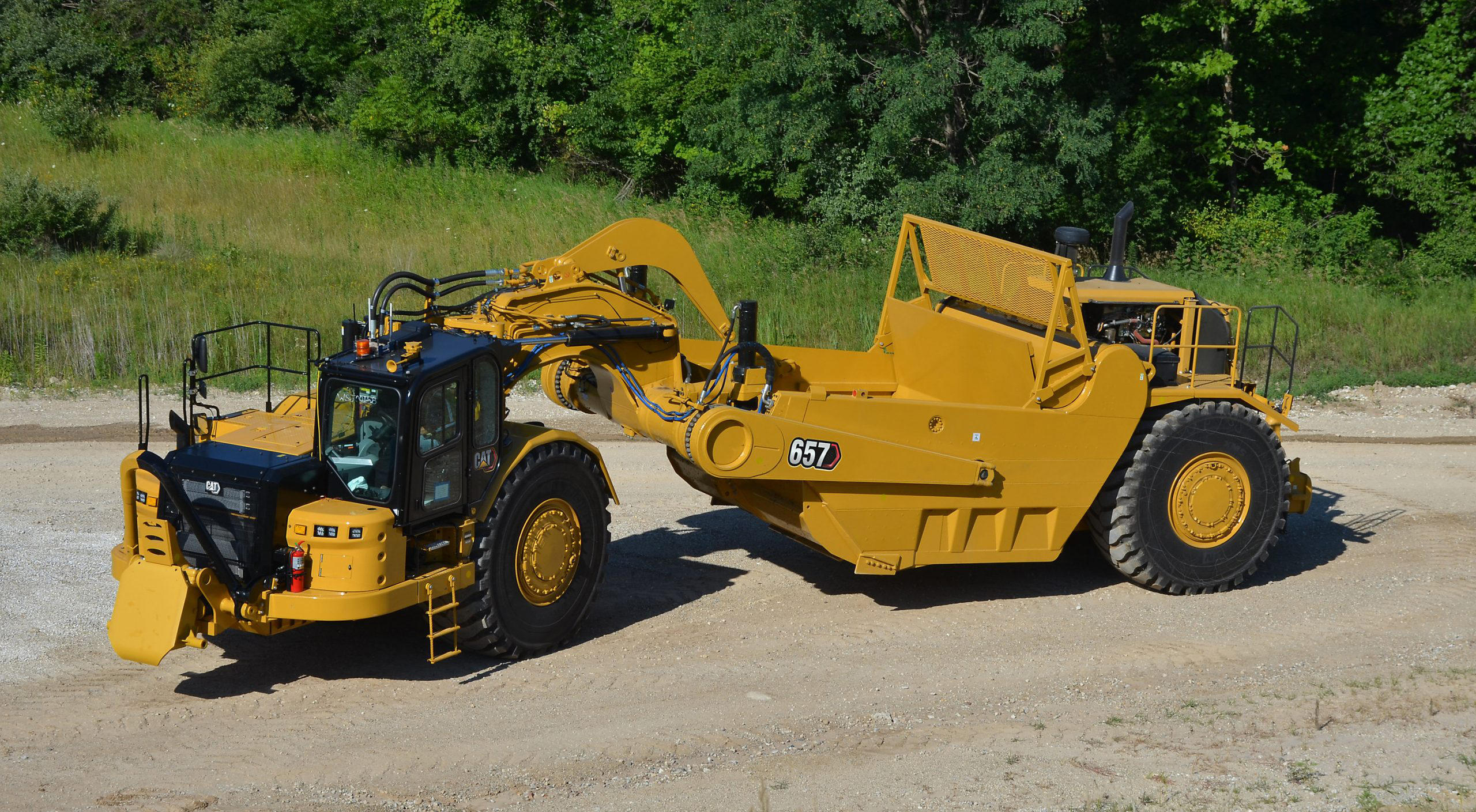 Cat 657 scraper